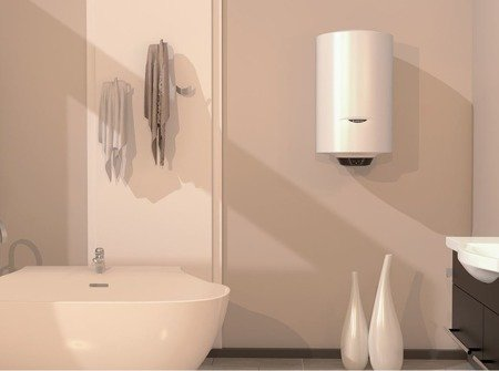PRO1 ECO 120 V 1,8K PL EU Elektryczny pojemnościowy podgrzewacz wody